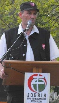 Értelmiségi holdudvar a bokorból: a náciveszély után a Volner Párt hozza el ismét a demokráciát