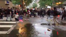 Így védte meg a zászlót az antifa túlerővel szemben a patrióta