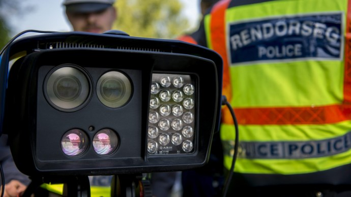Soha ennyi pénzt nem szedtek még be bírságokból a magyar rendőrök