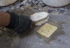 Balesetveszély! – Botlatókövek a holokauszt áldozatainak emlékére