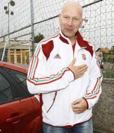 Karl Erik Böhnnek az volt az utolsó kívánsága, hogy magyar mezben temessék el
