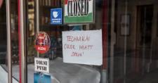 Bajban a magyar vállalkozások: egy év alatt 4 ezer kisbolt zárt be