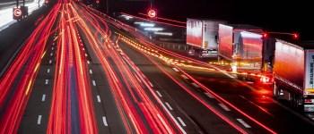Autósok, figyelem: újdonságok is jönnek jövőre az útdíj-matricáknál