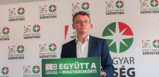 Újraválasztották az Erdélyi Magyar Néppárt elnökének Csomortányi Istvánt