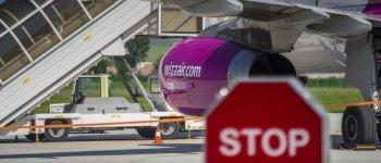 Covid-útlevélhez kötnék az utazást az újrakezdésre készülő légi társaságok