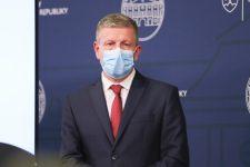 Lengvarský: Jövő héten indulhat az oltás az idősotthonokban