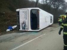 Egy cseh turistákat szállító busz karambolozott Bajorországban. 14-en megsérültek