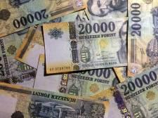 Havi 400 forinttal emelkedik az egészségügyi szolgáltatási járulék összege