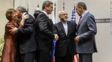Iránban azért még nem megy olyan simán a holokausztozás: a parlament berendeli a külügyért