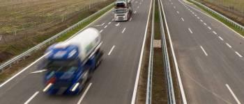 Viszik az utat is : 35 évre magánkézbe szerveznének 2000 kilométernyi magyar gyorsforgalmi útszakaszt