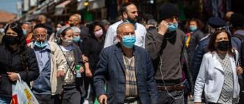 Izrael ismét bevezette a maszkviseletet