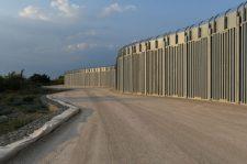 Görögország falat emelt a Törökországgal közös határszakaszon