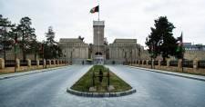 A tálibok elfoglalták az elnöki palotát, kikiáltják az Afganisztáni Iszlám Emirátust