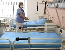 Az oltatlan egészségügyi alkalmazottak csak negatív teszttel dolgozhatnak