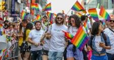 EP: El kell ismerni az azonos neműek házasságát és élettársi kapcsolatát