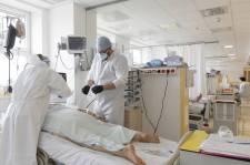 Hétvégi adatok: 75 elhunyt, 6688 új fertőzött