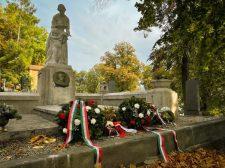 Felújították Petrogalli Oszkár sírhelyét