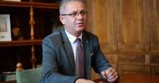 Dudás Róbert nyílt levélben kérte Orbántól, azonnali intézkedjen a kormány a rekordmagas benzinár miatt