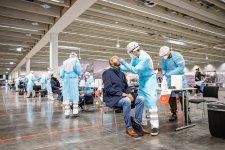 Ausztriában március végéig ingyenesek maradnak akoronavírus-tesztek