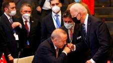 Erdogan nem kívánatos személynek minősített tíz nagykövetet, köztük az amerikait
