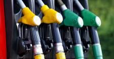 Dübörgünk – Szerdán már 500 forint felett lesz a benzin