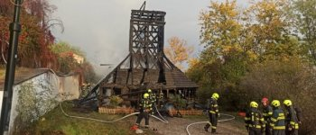 Leégett a Kárpátaljáról Prágába átszállított 17. századi fatemplom