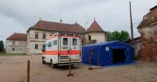 Már több mint tízezer koronavírus-fertőzöttet ápolnak a romániai kórházakban