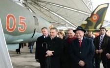 """Dübörög a jószomszédság: Orbán repülőgépet adott ajándékba """"Szlovákia"""" volt elnökének"""