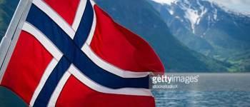 Eljött a világ vége: Norvég neonácik gyakorlatoznak fegyverrel