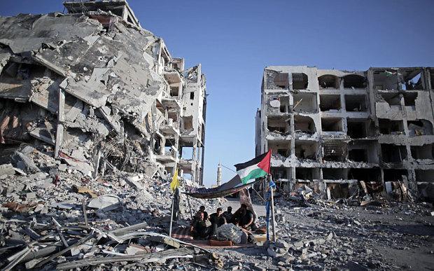 Macerie a Beit Lahiya (Foto: Khalil Hamra/AP)
