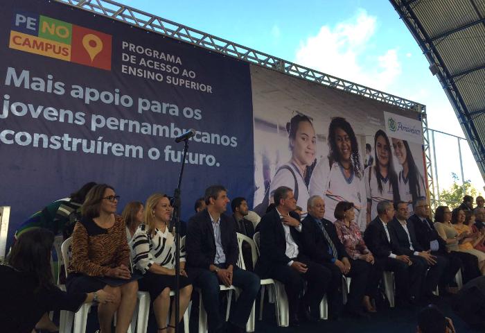 Programa de acesso ao ensino superior é lançado em Pernambuco
