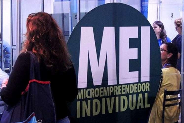Microempreendedor individual pode agora abrir e fechar conta pela internet