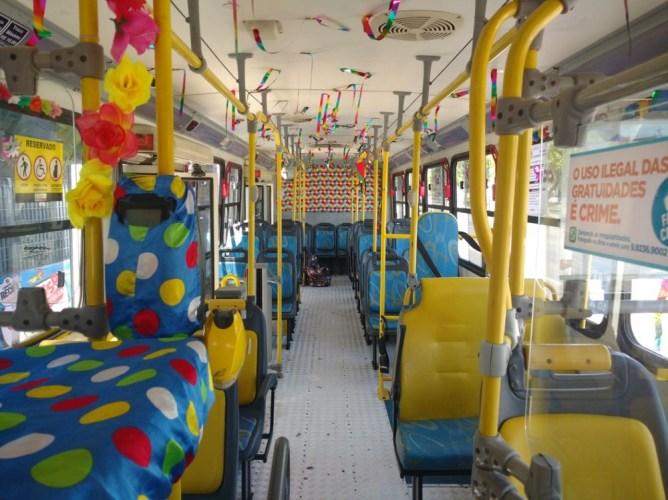 Região Metropolitana do Recife tem 425 ônibus depredados durante o carnaval