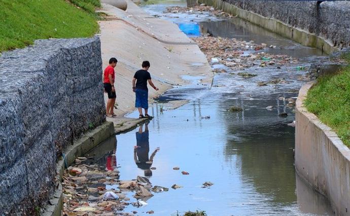 Saneamento básico: um dos problemas sociais que assolam Paulista