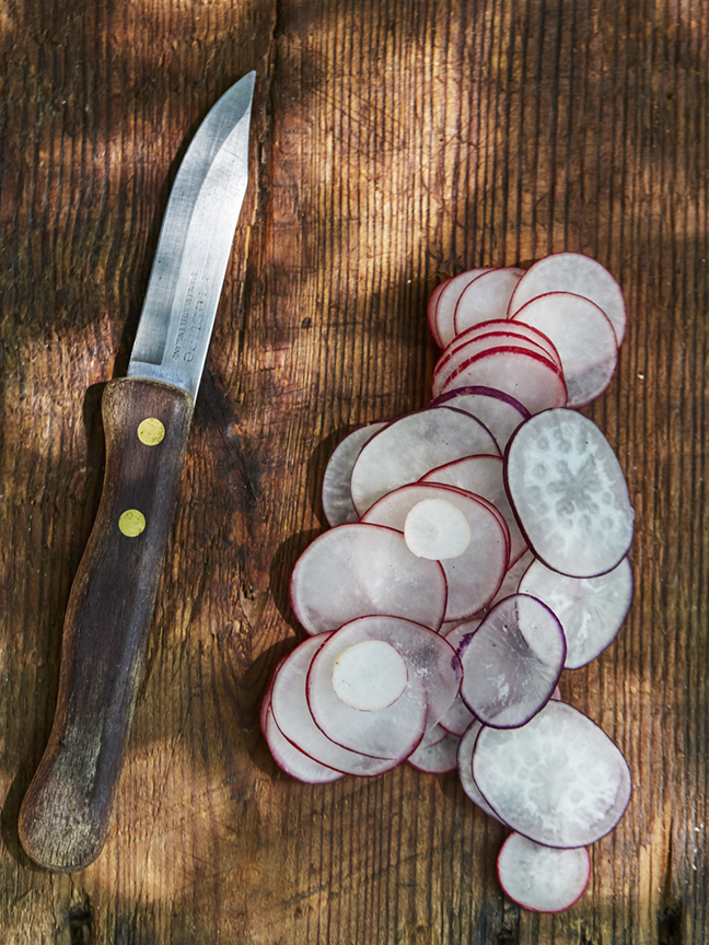 Radishes and a knife