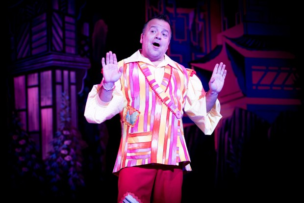 Aladdin - Kev Orkian - photo by Graeme Braidwood