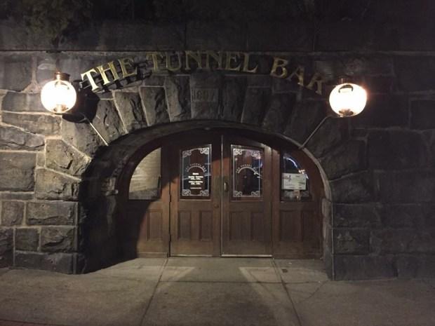 Tunnel Bar 1