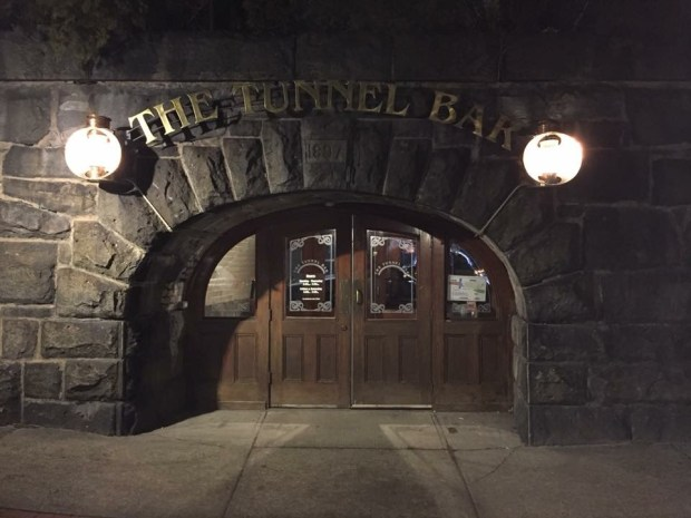 Tunnel Bar 1