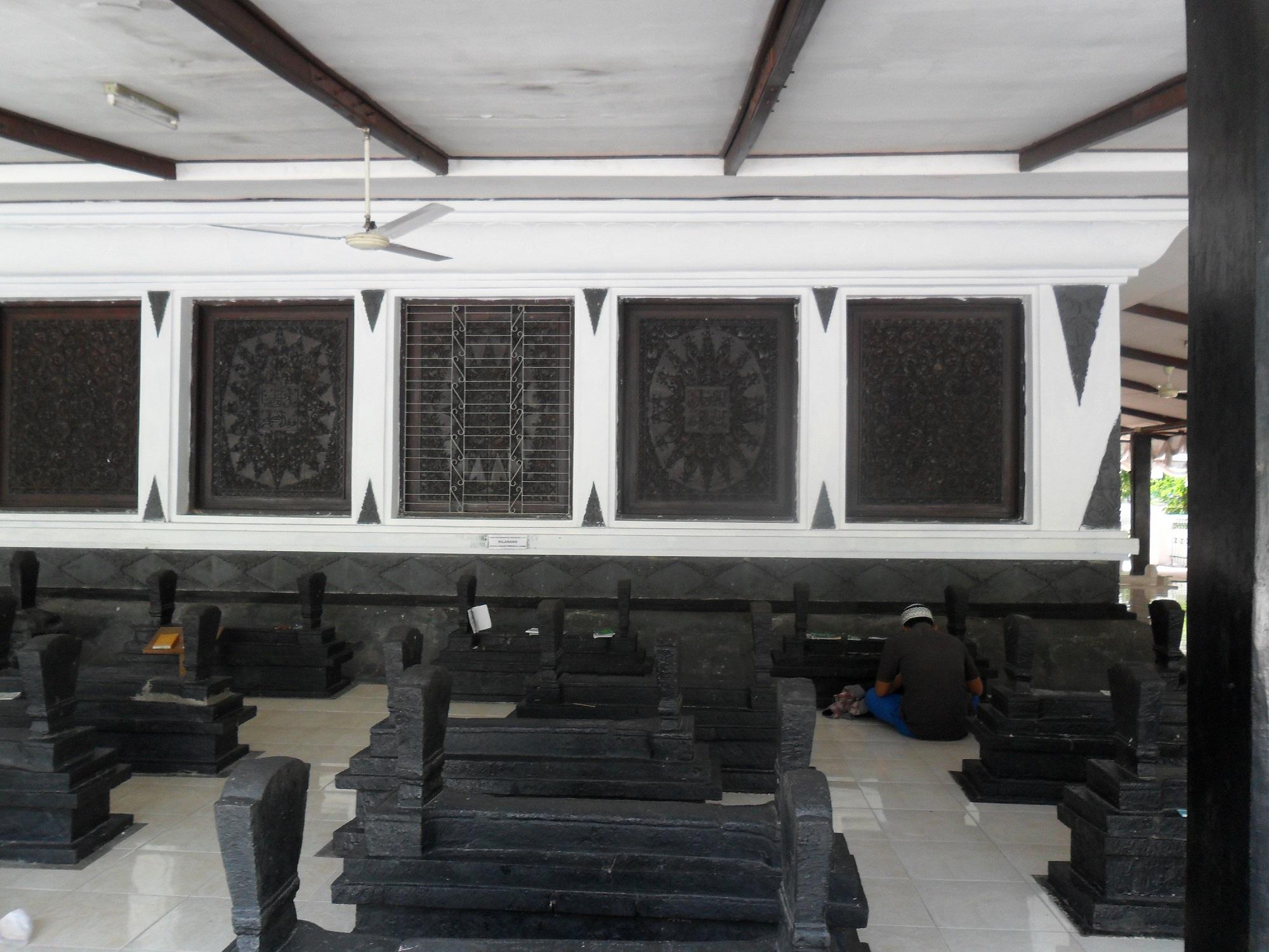 Ziarah Makam Sunan Kalijaga  Masjid Agung Demak