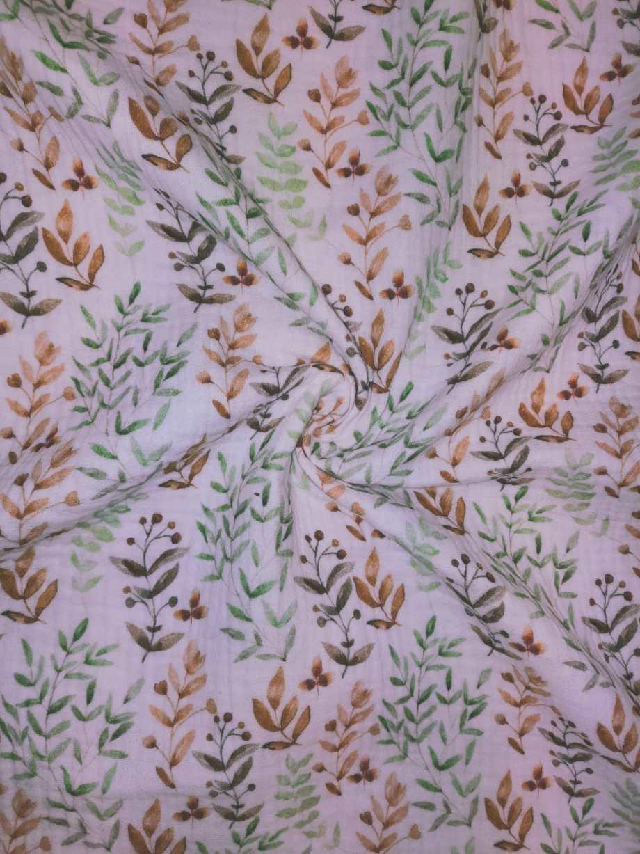 MOUSSELINE   Digitaal - Takjes groen tinten - gebroken wit