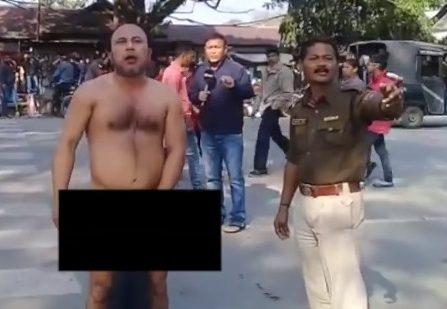 জোড়হাটের 'নগ্ন' প্রতিবাদকারী এখন আসামের 'স্বাধীনতা' দাবি করেছেন
