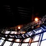 窓と照明の写真素材