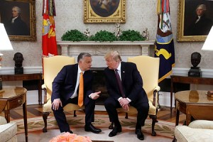 """Trump Orbánnak: """"Olyan, mintha ikrek volnánk"""""""
