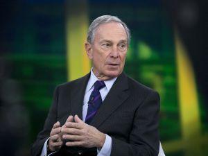 Trumpra és a demokratákra is csapást mérhet az elnökségért induló Michael Bloomberg