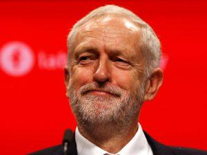 Corbyn elbeszélgetne a brit főrabbival