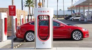 Januártól Izraelben is kapható lesz a Tesla