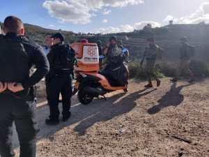 Mozgó autóból lőttek rá izraeli katonák egy csoportjára Júdea-Szamáriában
