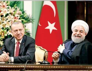 Irán és Törökország is támogatja az amerikai zavargásokat