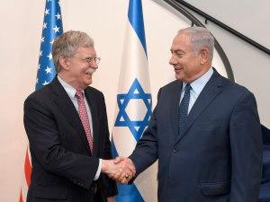 Bolton szerint Trump készen állt az Irán elleni izraeli csapások támogatására
