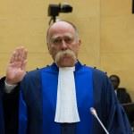 Magyar bírón múlhat, hogy vádlottak padjára ültetik-e Izraelt